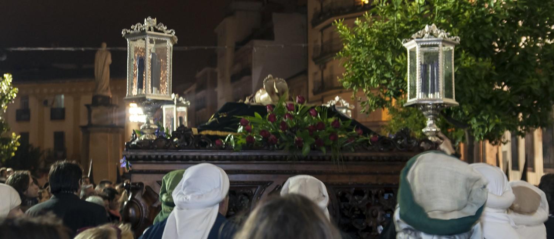 Foto del paso de Cristo Yacente una de las hermandades del viernes santo en Linares