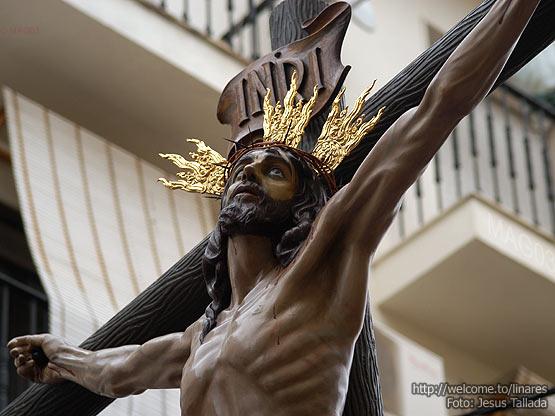 Foto del Cristo de la Expiración de Linares, obra de Jesús Tallada en el año 2001.