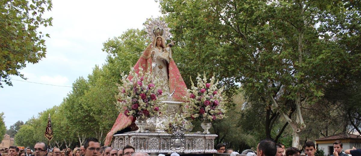 Foto de la Patrona de Linares