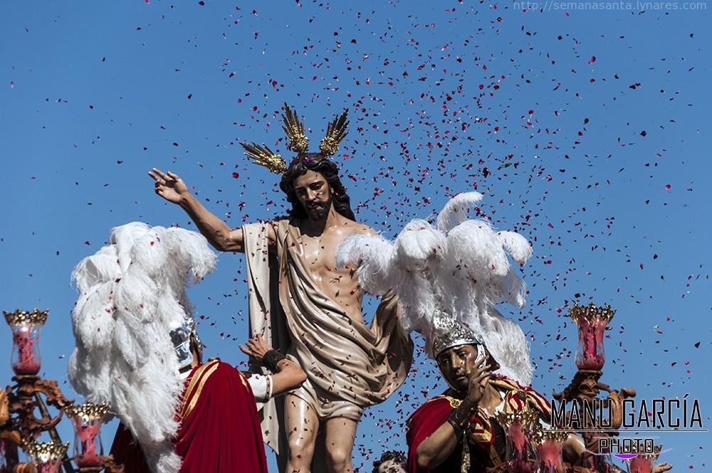 Espléndido cierre de la Semana Santa linarense 2015