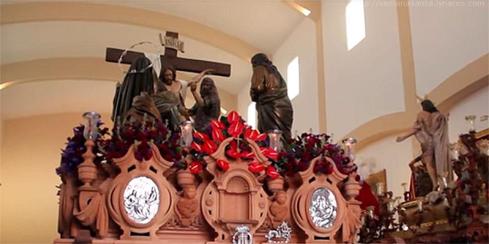 El Descendimiento también se quedó en su sede canónica el Viernes Santo.