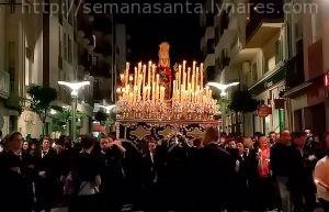 Foto de Soledad de Linares   Sin corona y en silencio después de la procesión del Santo Entierro.